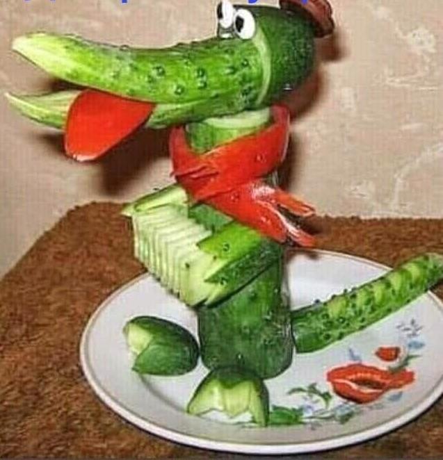 «Зелёненький, пупырчатый, хрустящий…» из рубрики Домашний пир